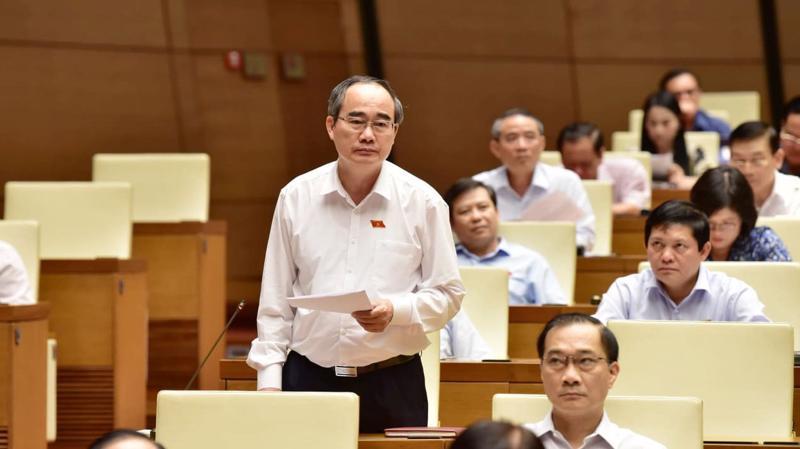 Bí thư Thành uỷ Tp.HCM Nguyễn Thiện Nhân phát biểu tại Quốc hội - Ảnh: Quang Phúc.