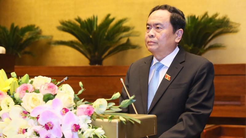Chủ tịch Ủy ban Trung ương Mặt trận Tổ quốc Việt Nam Trần Thanh Mẫn trình bày báo cáo tổng hợp ý kiến, kiến nghị của cử tri và Nhân dân gửi đến kỳ họp