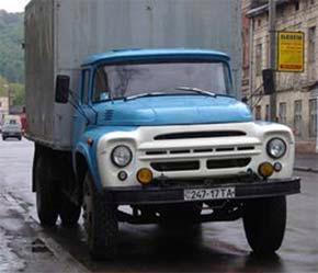 Một mẫu xe ZIL từng được nhập nhiều vào Việt Nam trước đây.