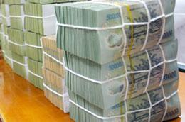 Từ đầu tháng 4/2010 đến nay, Ngân hàng Nhà nước duy trì hoạt động thị trường mở 2 phiên/ngày để hỗ trợ vốn cho các ngân hàng thương mại.