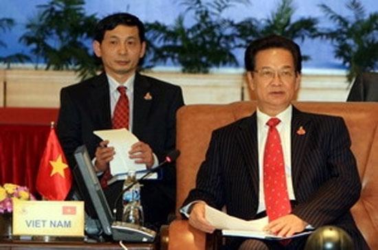 Thủ tướng Nguyễn Tấn Dũng tại một phiên họp.