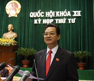 Tại kỳ họp thứ tư, Thủ tướng đã trực tiếp trả lời chất vấn - Ảnh : LQP.