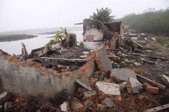 Vụ cưỡng chế thu hồi đất tại huyện Tiên Lãng (Hải Phòng) đã gây xôn xao dư luận trong suốt thời gian qua.
