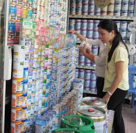 Sở Tài chính các tỉnh phải có báo cáo nhanh về kết quả kiểm tra, thanh tra, tình hình thị trường, giá sữa gửi về Bộ trước ngày 20/1/2010.