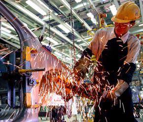 Theo điều tra do Hội đồng Kinh doanh châu Á thực hiện, Việt Nam đứng thứ 3 về số lượng dự án đầu tư của các công ty đa quốc gia.