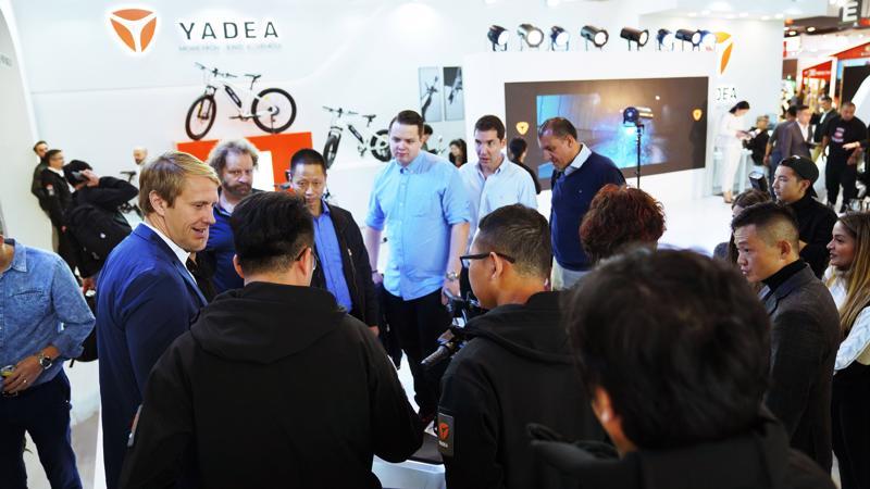 Sự góp mặt của YADEA hứa hẹn sẽ khuấy động thị trường xe điện hai bánh tại Việt Nam thêm sôi động, mang tới cho người dùng thêm những sự lựa chọn mới.