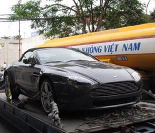 Thuế tăng khiến các loại xe đắt tiền về nước không còn dồn dập như trước đây - Ảnh: OtoFun.