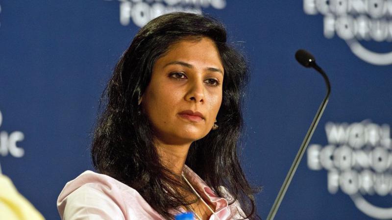 Gita Gopinath sinh ra và lớn lên tại Ấn Độ, hiện là công dân Mỹ.