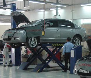 Mỗi khách hàng tham gia chương trình kiểm tra xe miễn phí của HVN sẽ nhận được phiếu giảm giá 10% phụ tùng sửa chữa, thay thế và 1 phiếu giảm giá 50% thay dầu máy chính hãng cho lần dịch vụ tiếp theo.