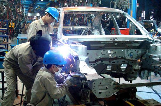 Nhiều doanh nghiệp FDI không thể tuyển đủ lao động.