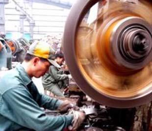 Doanh nghiệp nhỏ và vừa của Việt Nam còn manh mún, hiệu quả sản xuất kinh doanh thấp nên rất khó có khả năng đáp ứng đủ và kịp thời những đơn hàng lớn.