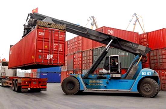Nhập siêu đến cuối tháng 9 đã chốt mức 8,4 tỷ USD, bằng 16,3% tổng kim ngạch xuất khẩu cùng thời kỳ.