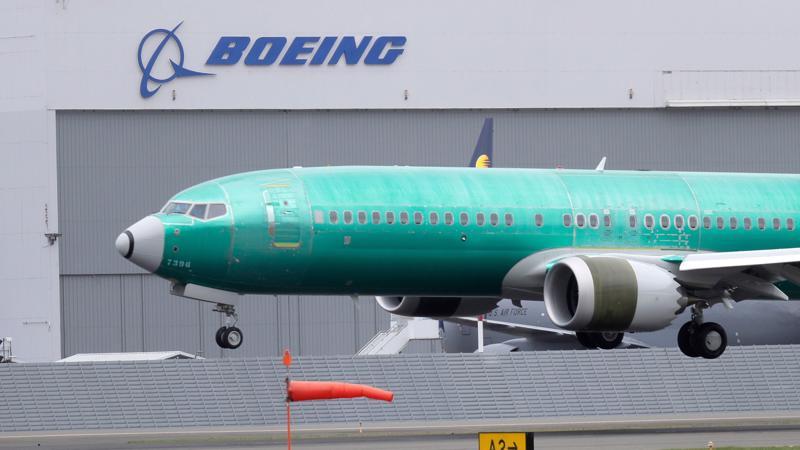 Khôi phục hoạt động của 737 Max hiện là điều quan trọng nhất đối với Boeing - Ảnh: AP.