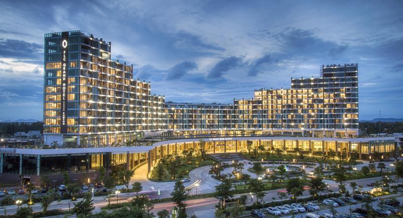 Với sự kiện khai trương FLC Grand Hotel, Tập đoàn FLC tiếp tục khẳng  định vị thế nhà đầu tư bất động sản nghỉ dưỡng lớn nhất tại Thanh Hóa.