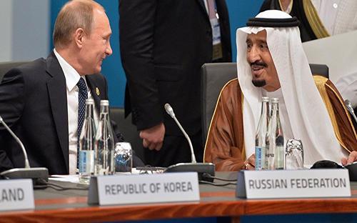 Tuần trước, Nga và OPEC cam kết gia hạn cam kết cắt giảm sản lượng dầu thêm 9 tháng - Ảnh: Sputnik.