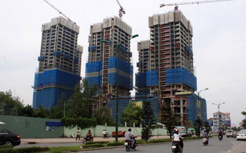 Giá bất động sản của Việt Nam hiện vẫn cao hơn 26 lần thu nhập bình quân của người dân.<br>