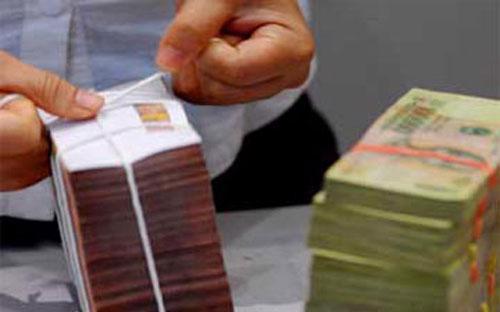 Tổng thu cân đối ngân sách nhà nước năm 2012 ước đạt 741,5 ngàn tỷ  đồng, tăng 0,14% so với dự toán và tăng 5,3% so với năm 2011.