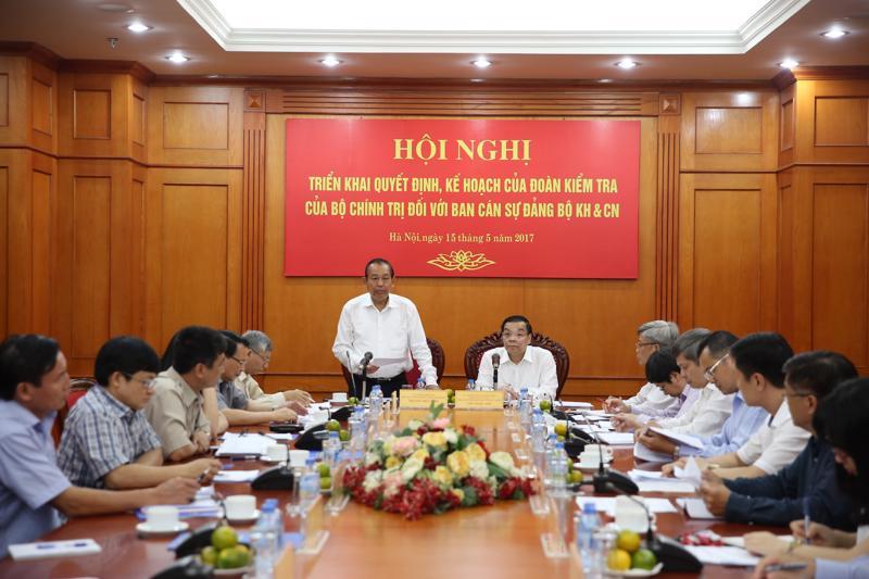 Phó thủ tướng Trương Hòa Bình làm việc với Bộ Khoa học và Công nghệ về công tác bổ nhiệm, luân chuyển cán bộ chiều 15/5.<b><br></b>