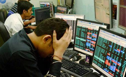Tại Ấn Độ, nhà đầu tư nước ngoài bán ròng 1,5 tỷ USD trái phiếu và 1,4 tỷ USD cổ phiếu - Ảnh: The Indian Ẽpress.
