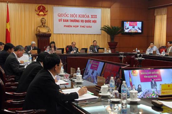 Một phiên chất vấn tại phiên họp của Ủy ban Thường vụ Quốc hội.
