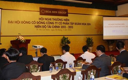 Đại hội đồng cổ đông thường niên niên độ tài chính 2012-2013 của Công ty Cổ phần Tập đoàn Hoa Sen (HSG- HOSE) ngày 6/3 tại Tp.HCM.<strong><br></strong>