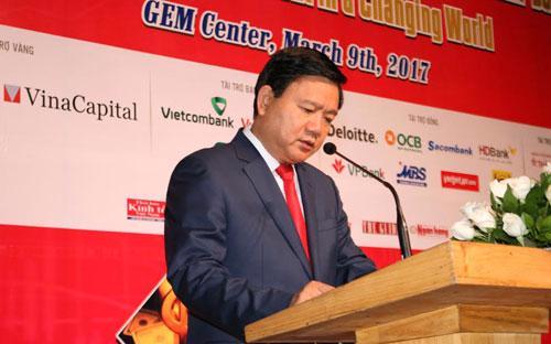 Bí thư Thành uỷ Tp.HCM Đinh La Thăng tham dự hội thảo Kịch bản kinh tế Việt Nam 2017.