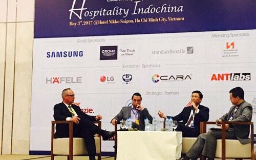 Ông Lê Thành Vinh, Tổng giám đốc Tập đoàn FLC, phát biểu tại hội nghị Hospitality Indochina 2017. Đây là sự kiện thường niên về các vấn đề của thị trường bất động sản du lịch khu vực Đông Dương.