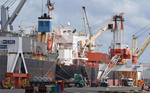 Một góc cảng Tân Cảng - Cái Mép - Ảnh: Việt Tuấn.<br>
