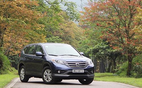 Riêng tháng 11 đạt gần 300 chiếc và trở thành mẫu xe đa dụng 5 chỗ ngồi bán chạy nhất trên thị trường.