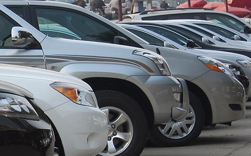 Theo chu kỳ và tính chất mùa vụ, lượng ôtô bán ra thị trường 3 tháng  cuối năm dương lịch hằng năm luôn tăng dần và kết thúc quãng tăng vào  tháng 2 năm sau (thường rơi đúng vào thời điểm nghỉ Tết Nguyên đán).