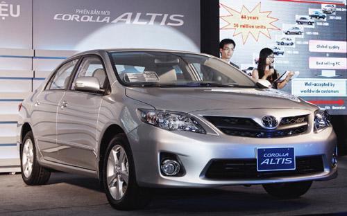 13 năm kể từ lần đầu ra mắt, Corolla Altis tại Việt Nam đã trải qua 3  lần cải tiến và nâng cấp, với hiệu quả rõ rệt thể hiện ở doanh số bán  ngày càng tăng qua các năm.