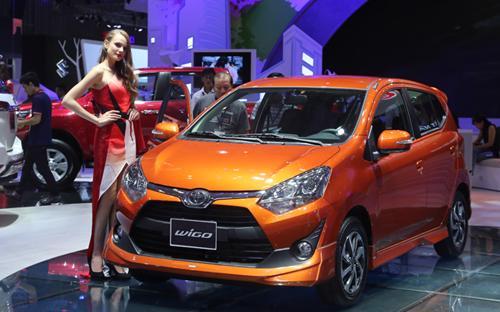 Phiên bản được Toyota đem đến triển lãm VMS 2017 sử dụng động cơ xăng  dung tích 1.0 lít, công suất cực đại 65 mã lực và mô-men xoắn cực đại 89  Nm.