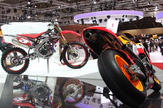 Cộng dồn 8 tháng năm 2012, tổng kim ngạch nhập khẩu xe máy ước đạt 24.300 chiếc, tương ứng với 43 triệu USD.
