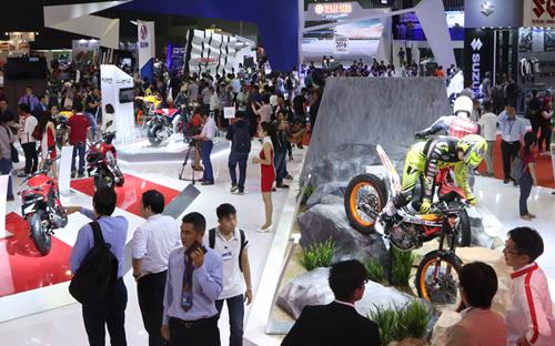 Năm ngoái, kỳ triển lãm chuyên ngành môtô, xe máy đầu tiên tại Việt Nam  cũng đã diễn ra tại Tp.HCM và thu hút 140.000 lượt khách tham quan.