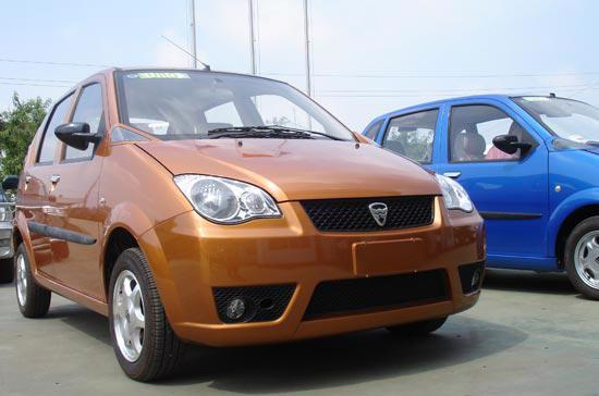 Mẫu xe Hafei do công ty ôtô 100% vốn trong nước Vinaxuki sản xuất - Ảnh: Đức Thọ.