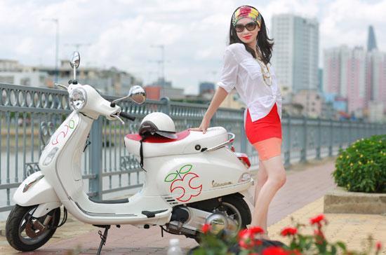 """Phiên bản Vespa LX """"trái cấm"""" đã có mặt tại thị trường Việt Nam với số lượng hạn chế."""