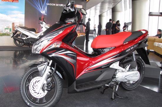 Ra mắt lần đầu tiên vào tháng 4/2007, đến nay, tổng sản lượng bán hàng cộng dồn của Air Blade đạt trên 1,5 triệu xe.