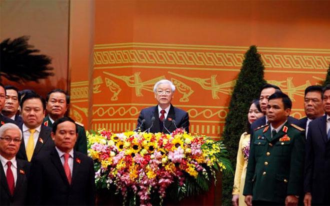 Thay mặt Ban Chấp hành  Trung ương Đảng khóa 12, Tổng bí thư Nguyễn Phú Trọng phát biểu cảm ơn Đại hội đã tín  nhiệm giao nhiệm vụ - Ảnh: P.H.<br>