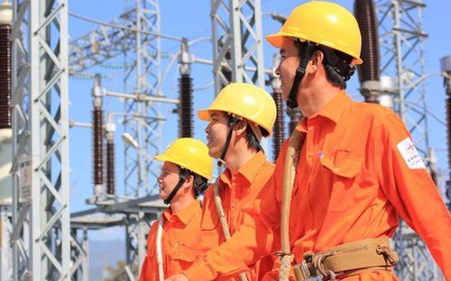 Thủ tướng đã giao Bộ Công Thương nghiên cứu, tiếp thu các ý kiến hoàn  thiện đề án tái cơ cấu ngành điện giai đoạn 2016 - 2020, định hướng đến  năm 2025.