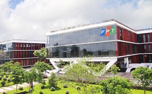 Kết thúc 10 tháng năm 2015, FPT ghi nhận doanh thu hợp nhất đạt 32.440 tỷ đồng, tăng 19% so với cùng kỳ.