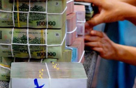 Bộ Tài chính dự toán, bội chi ngân sách cho cả năm 2012 đạt khoảng 140,2 nghìn tỷ đồng, tăng 25% so với năm 2011, chiếm 4,8% GDP.