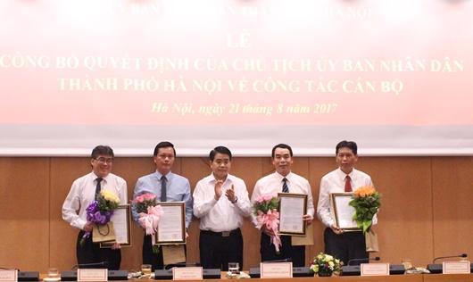Hà Nội bổ nhiệm nhiều lãnh đạo mới.