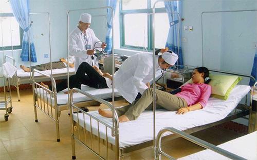 Tháng 9/2012, nhiều cơ sở y tế trên cả nước đồng loạt tăng giá dịch vụ đã tác động đến chỉ số giá tiêu dùng tăng đột biến.<br>