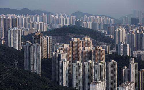Theo hãng môi giới bất động sản lớn nhất Hồng Kông, Centaline Property Agency Ltd, từ đầu năm tới nay, giá nhà tại Hồng Kông đã tăng 9% - Ảnh: Bloomberg.