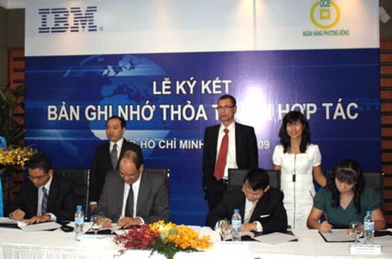 Trước thỏa thuận này, OCB đã đầu tư hơn 5 triệu USD cho hệ thống core banking (ngân hàng lõi), trong đó có 1,5 triệu USD đầu tư vào hệ thống máy chủ của IBM.