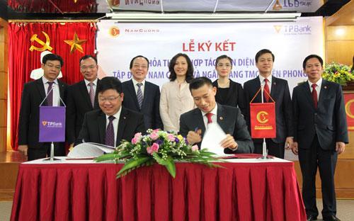 <div>Lễ ký kết là dấu mốc quan trọng trong mối quan hệ giữa Tập đoàn Nam Cường và TPBank, tạo tiền đề để hai bên tiếp tục có những mối quan hệ hợp tác ngày càng sâu rộng trong tương lai.</div>