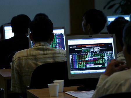 Thị trường chứng khoán Việt Nam được xếp thứ 25 trong tổng số 40 thị  trường có mức tăng tốt nhất năm 2012 của công ty MorningStar.