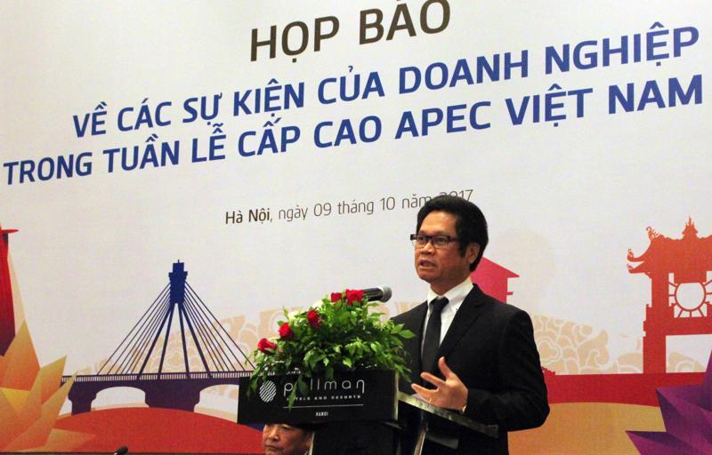 Chủ tịch Phòng Thương mại và Công nghiệp Việt Nam Vũ Tiến Lộc tại cuộc họp báo - Ảnh: ĐT.