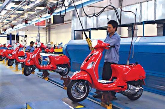 Nhà sản xuất xe máy Piaggio từ Italy và hãng điện thoại Nokia của Phần Lan là hai trong số những công ty thuộc EU đầu tư sản xuất tại Việt Nam.