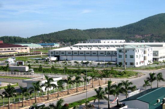 Nhiều dự án lớn được đầu tư gần đây nằm ngoài khu công nghiệp.